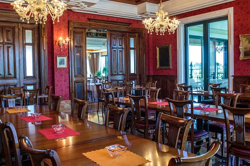 Baroque Style「Luxury coffee shop interior」:スマホ壁紙(9)