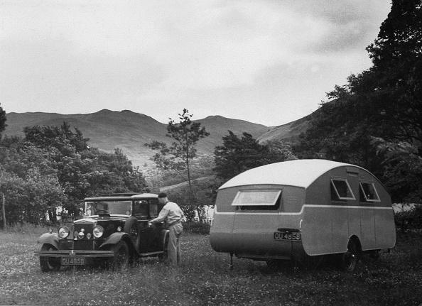 1930「1930 Morris Oxford Six With Winchester Streamline Caravan.」:写真・画像(17)[壁紙.com]