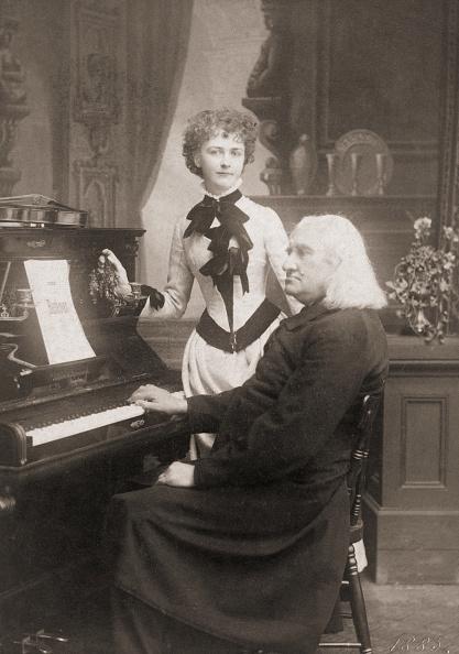 Classical Musician「Liszt And Senkrah」:写真・画像(6)[壁紙.com]
