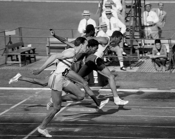 Summer Olympic Games「1960 Summer Olympics, Men's 100 meters, Quarterfinal Heat four」:写真・画像(16)[壁紙.com]