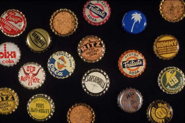 Bottle「Bottle Caps」:写真・画像(12)[壁紙.com]
