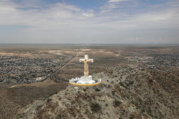 New Mexico「CBP Conducts Aerial Patrols Over El Paso Sector Of US-Mexico Border」:写真・画像(14)[壁紙.com]