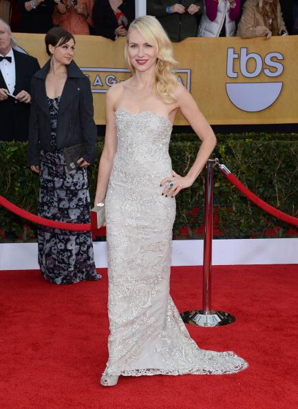 Side Part「19th Annual Screen Actors Guild Awards - Arrivals」:写真・画像(19)[壁紙.com]