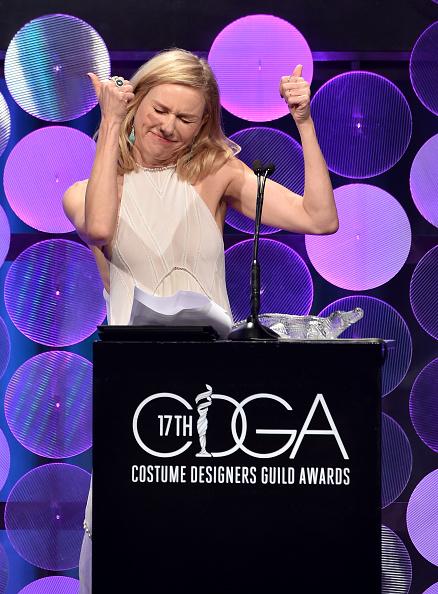 Alternative Pose「17th Costume Designers Guild Awards With Presenting Sponsor Lacoste - Show」:写真・画像(12)[壁紙.com]