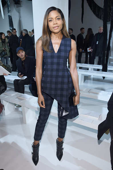 カメラ目線「Calvin Klein Collection - Front Row - February 2017 - New York Fashion Week」:写真・画像(10)[壁紙.com]