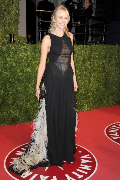 Half Up Do「2011 Vanity Fair Oscar Party Hosted By Graydon Carter - Arrivals」:写真・画像(17)[壁紙.com]