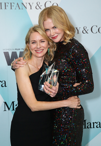 Naomi Watts「Women In Film 2015 Crystal + Lucy Awards Presented By Max Mara, BMW Of North America And Tiffany & Co - Backstage And Audience」:写真・画像(12)[壁紙.com]