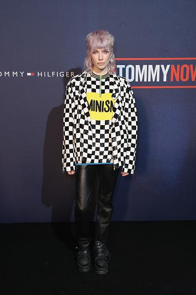 ロンドンファッションウィーク「Tommy Hilfiger TOMMYNOW Fall 2017 - Front Row & Atmosphere」:写真・画像(5)[壁紙.com]