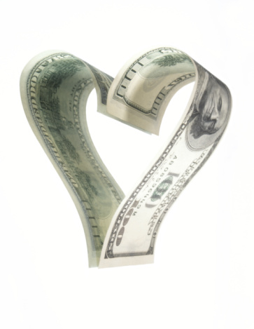 American One Hundred Dollar Bill「Hundred dollar banknote forming heart shaped reflection, close-up」:スマホ壁紙(14)