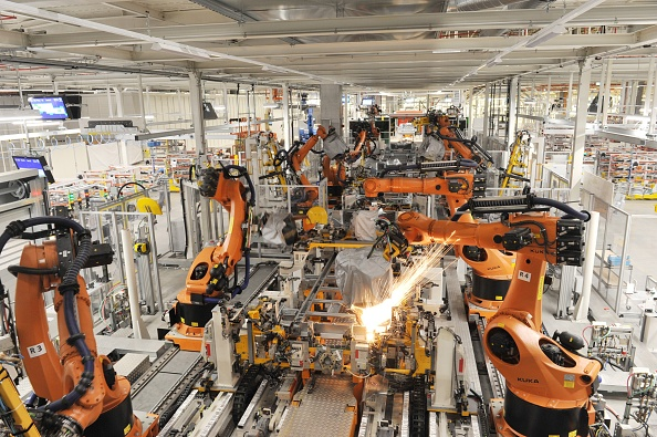 Production Line「Volkswagen factory in Wrzesnia, Poland」:写真・画像(15)[壁紙.com]