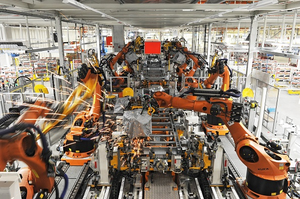 Production Line「Volkswagen factory in Wrzesnia, Poland」:写真・画像(10)[壁紙.com]