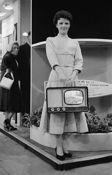 Portable Radio「Portable Television」:写真・画像(16)[壁紙.com]