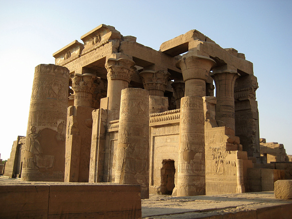 Architecture「The Double Temple Of Kom Ombo.The Southern Half Was Dedicated To Sobek, The Crocodile God Of Fertili Artist: Werner Forman.」:写真・画像(12)[壁紙.com]