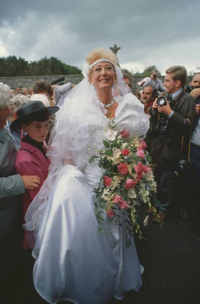 Derek Jameson and Ellen Petrie Wedding:ニュース(壁紙.com)
