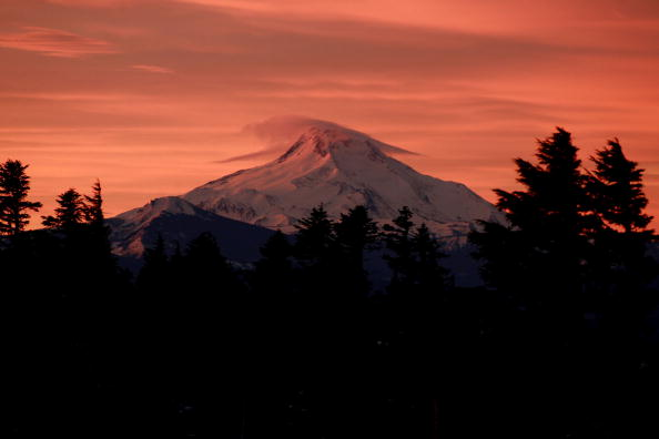 Wilderness Area「Mt. Jefferson At Sunrise」:写真・画像(0)[壁紙.com]