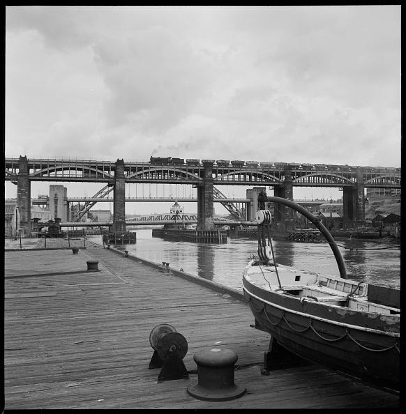 Water's Edge「Bridges Over The River Tyne」:写真・画像(9)[壁紙.com]