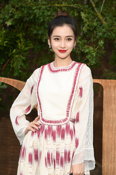 Angelababy「Christian Dior : Photocall -  Paris Fashion Week - Womenswear Spring Summer 2020」:写真・画像(1)[壁紙.com]