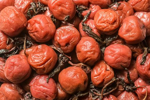 Plum「Close-up shot of salted plum」:スマホ壁紙(16)
