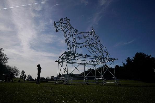 動物「Duke and Duchess of Devonshire Present Chatsworth 2019 Sculpture Exhibition」:写真・画像(9)[壁紙.com]