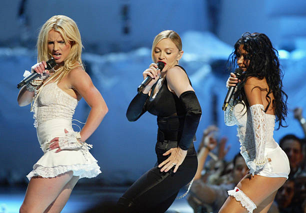 Britney Spears, Madonna, and Christina Aguilera:ニュース(壁紙.com)