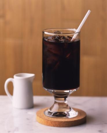 氷「Ice Coffee and Milk, Full Frame, Differential Focus, Front View」:スマホ壁紙(7)