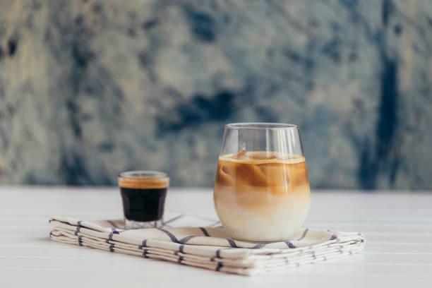 Ice coffee:スマホ壁紙(壁紙.com)