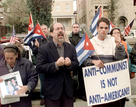 Support「SUPPORTERS OF ELIAN GONZALEZ VISIT WASHINGTON」:写真・画像(12)[壁紙.com]