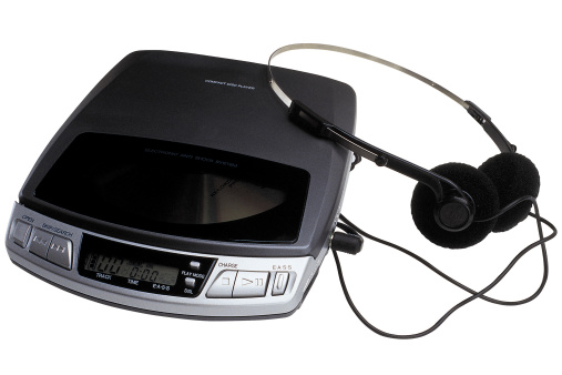 1990-1999「Portable cd player with headphones」:スマホ壁紙(3)