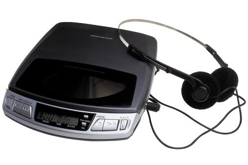 1990-1999「Portable cd player with headphones」:スマホ壁紙(19)
