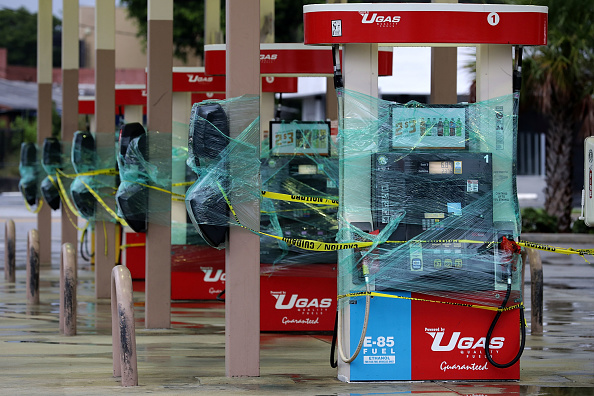 Gasoline「Massive Hurricane Irma Bears Down On Florida」:写真・画像(18)[壁紙.com]