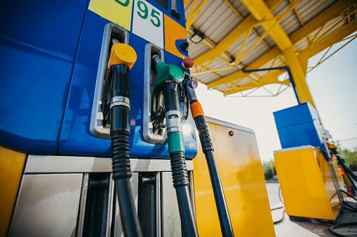 Oil Industry「Gasoline Pump」:スマホ壁紙(14)