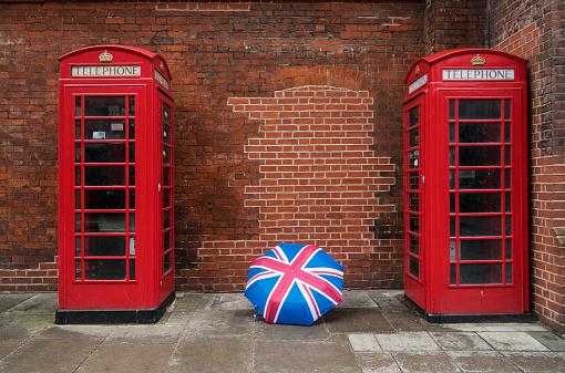 Umbrella「Telephone Boxes And Union Jack Umbrella」:スマホ壁紙(15)