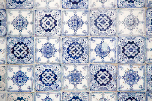 Floral Pattern「Azulejo tiles on building in Mouraria district」:スマホ壁紙(17)