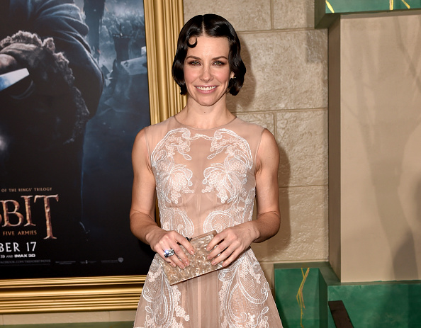 """Evangeline Lilly「Premiere Of New Line Cinema, MGM Pictures And Warner Bros. Pictures' """"The Hobbit: The Battle Of The Five Armies"""" - Red Carpet」:写真・画像(10)[壁紙.com]"""