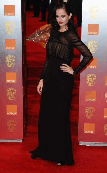 Chiffon「Orange British Academy Film Awards - Outside Arrivals」:写真・画像(18)[壁紙.com]