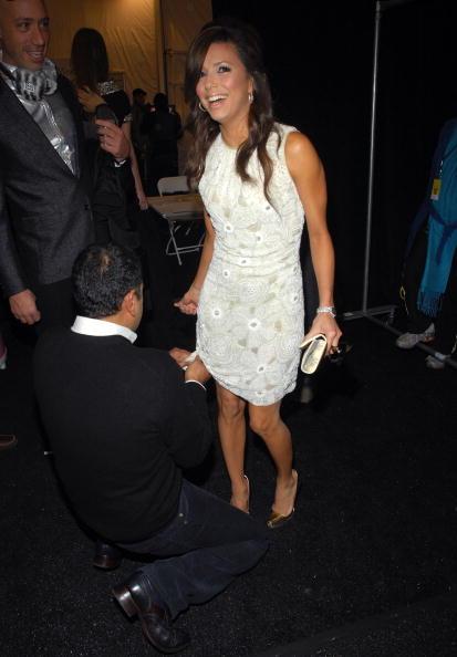 銀色の靴「Naeem Khan - Backstage - Fall 08 MBFW」:写真・画像(7)[壁紙.com]