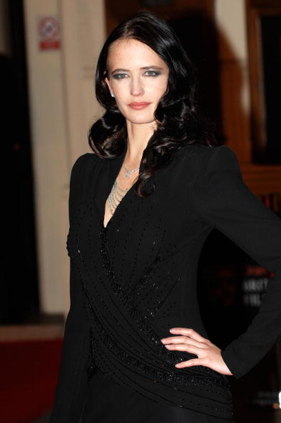 Curly Hair「The Orange British Academy Film Awards 2008 - Red Carpet Arrivals」:写真・画像(19)[壁紙.com]