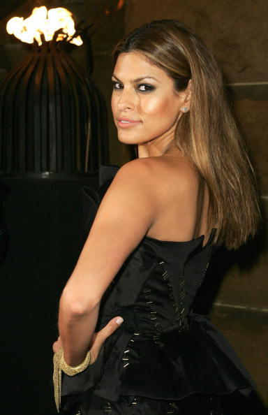 InterContinental Hotels Group「Eva Mendes Attends 30 Days Of Fashion」:写真・画像(4)[壁紙.com]