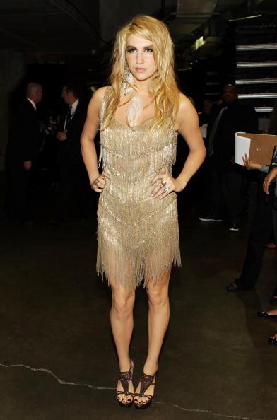 Sleeveless Dress「The 52nd Annual GRAMMY Awards - Backstage」:写真・画像(14)[壁紙.com]