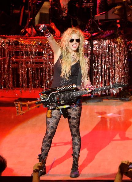 Sleeveless Top「Ke$ha Performs In Concert In Madrid」:写真・画像(9)[壁紙.com]