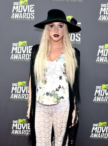 Single Flower「2013 MTV Movie Awards - Red Carpet」:写真・画像(6)[壁紙.com]