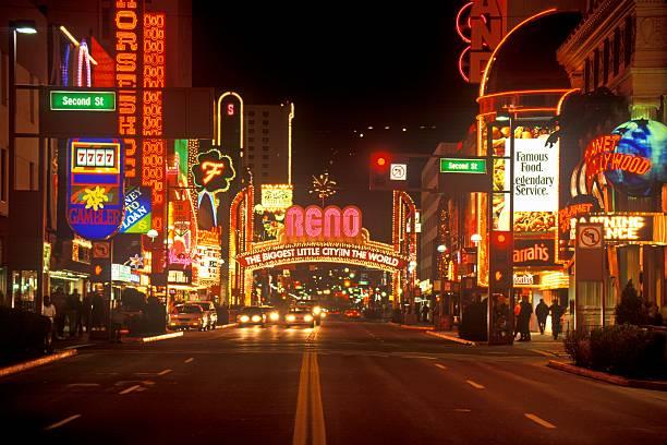 アメリカ合衆国 レノ のスマホ壁紙 id 73071952 neon lights at night