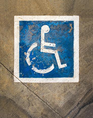 A Helping Hand「Faded Handicap Parking Sign」:スマホ壁紙(11)
