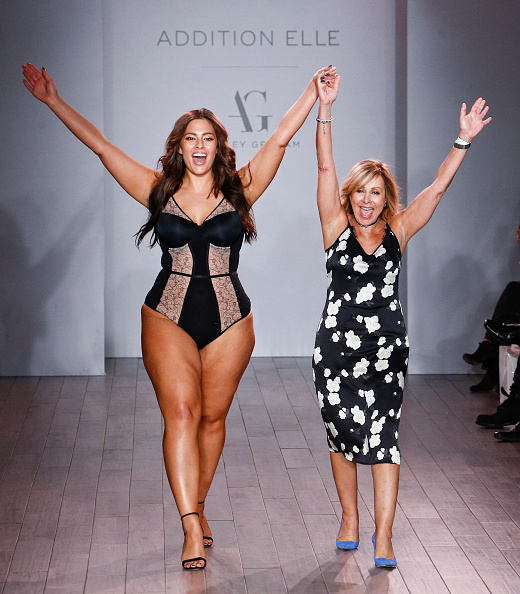 スーパーモデル「Addition Elle Presents Holiday 2016 RTW + Ashley Graham Lingerie - Runway - September 2016 - Style360 Fashion Week」:写真・画像(13)[壁紙.com]