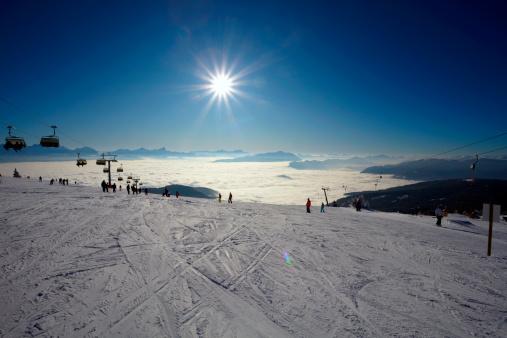 スキー「登山、冬のスキー風景」:スマホ壁紙(4)