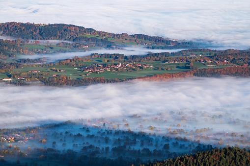 Brauneck「Germany, Upper Bavaria, Wackersberg, morning fog in Isar valley, View from Geierstein」:スマホ壁紙(8)