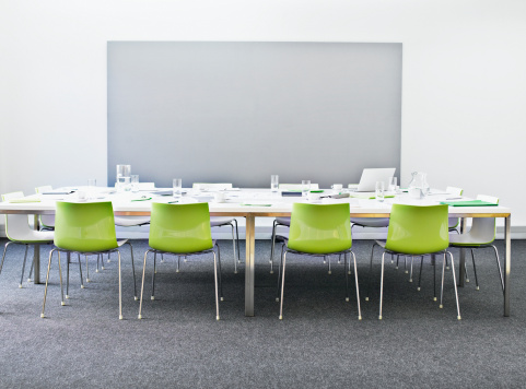Green Color「Empty conference room」:スマホ壁紙(8)