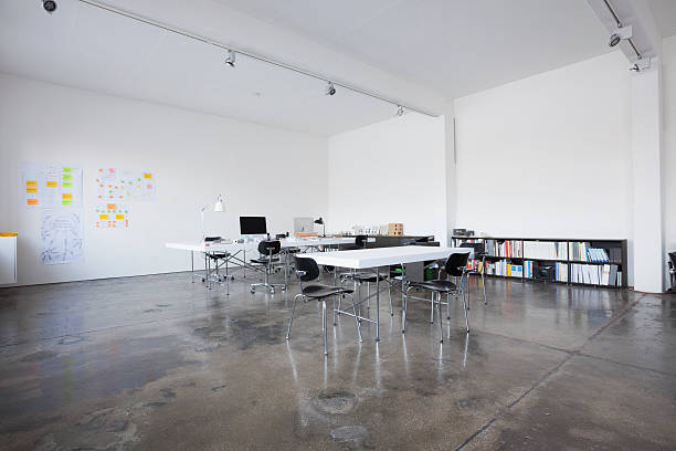 Empty conference room:スマホ壁紙(壁紙.com)