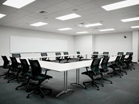 Fluorescent Light「Empty conference room」:スマホ壁紙(8)