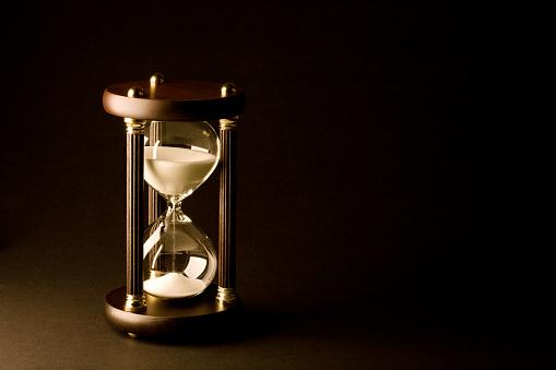 Deadline「Hourglass on Black」:スマホ壁紙(18)
